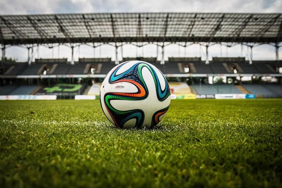 Sklep piłkarski – podstawowe wyposażenie dla piłkarzy