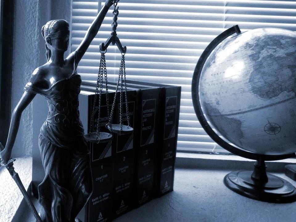Radca prawny, czyli kto?